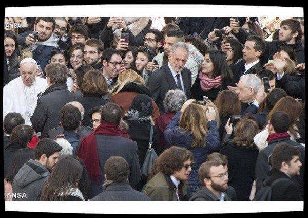 Pour le Pape François, l'université est un lieu d'éducation à la solidarité