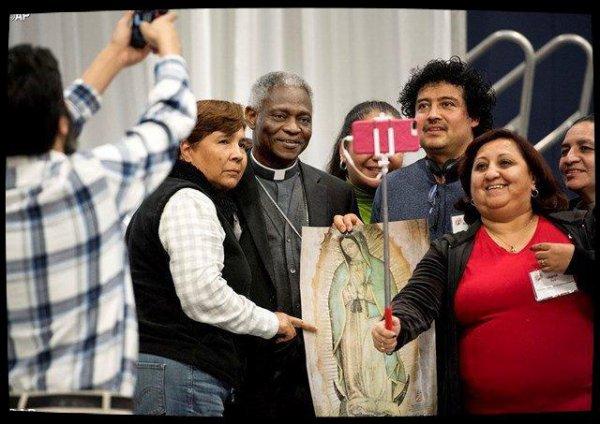 Le Pape enjoint les mouvements populaires à prendre soin du prochain