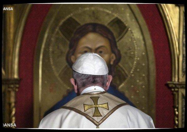 Le Pape reçu dans une paroisse anglicane : «se mettre ensemble devant le visage miséricordieux du Christ»