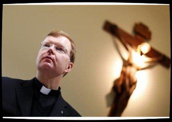 Abus sexuels : le père Zollner défend une ligne de fermeté