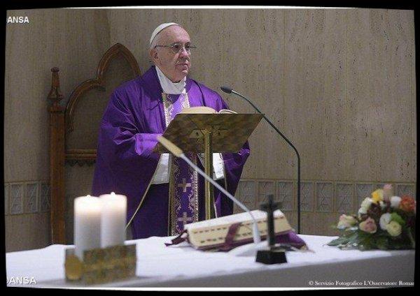 Le Pape François : «le jeûne véritable est le contraire de la vanité»