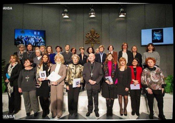 Un conseil consultatif féminin entre en fonction au Vatican
