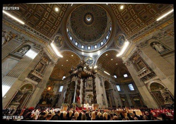 Les premières vêpres anglicanes célébrées à la basilique Saint-Pierre