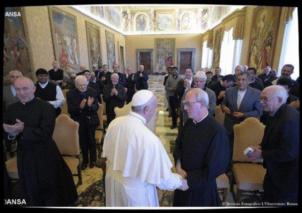 Le Pape invite les somasques à prendre soin de l'humanité blessée