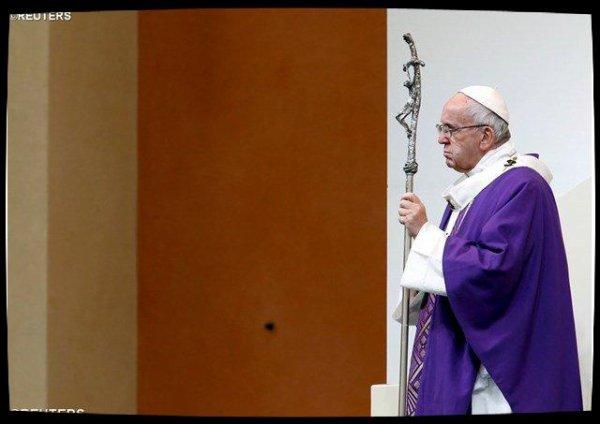 Angélus à Carpi : le Pape prie pour la Colombie et le Kasaï