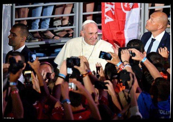 L'intention de prière du Pape pour avril consacrée aux jeunes