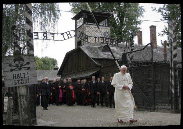 Benoît XVI s'inquiète de la «situation explosive» provoquée par les radicalismes athées et religieux
