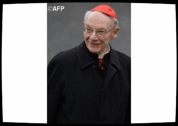 Le cardinal Paul Poupard, envoyé spécial du Pape à Avignon