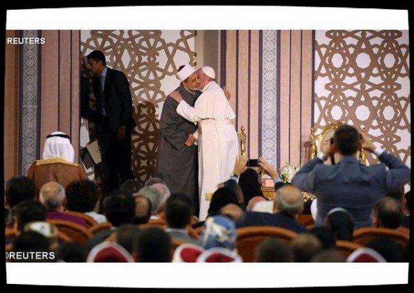 Le Pape à Al-Azhar : les religions doivent oeuvrer ensemble pour le bien commun
