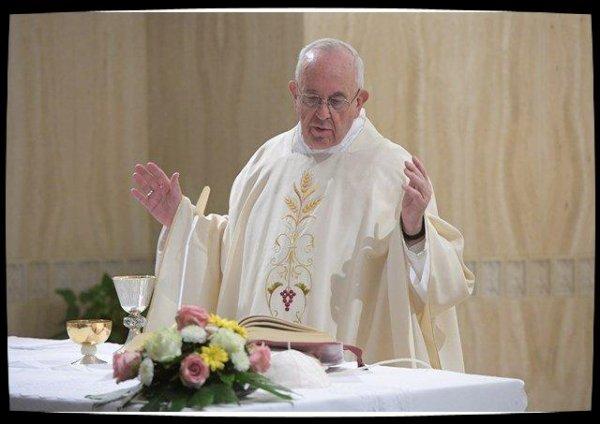 Le Pape à Sainte-Marthe fustige les coeurs fermés à la Parole de Dieu