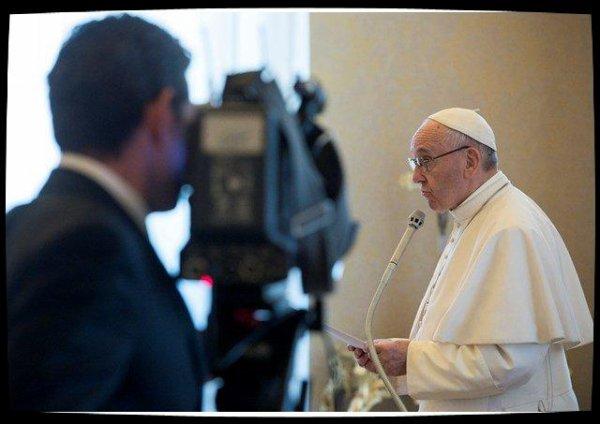 Le Pape appelle à ne pas avoir peur de la «réforme» de la communication vaticane