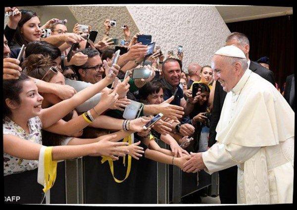 Le Pape invite les jeunes à rejeter la destruction pour renouer avec la douceur