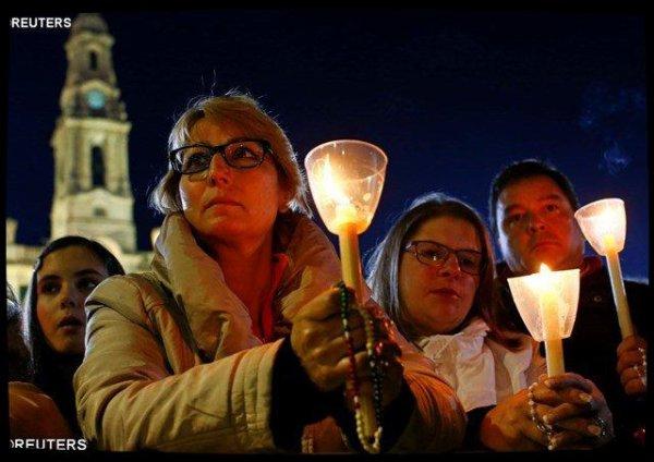 À Fatima, le Pape invite les pèlerins à être «marials»