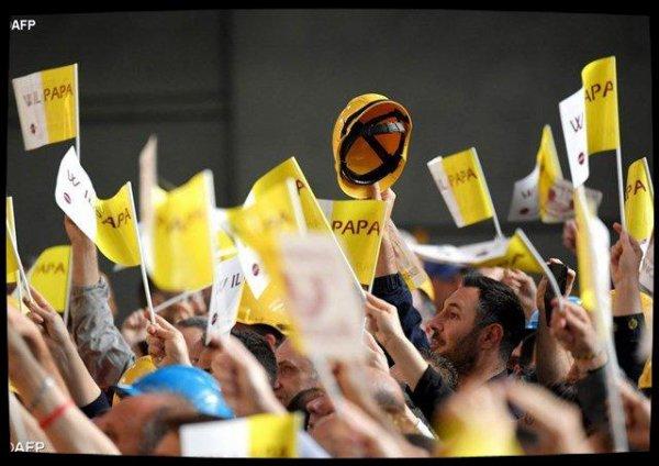 En visite dans une usine à Gênes, le Pape appelle à résister à la pression des spéculateurs