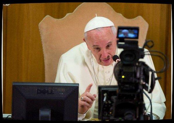 51°Journée des Communications : le Pape pour des nouvelles constructives