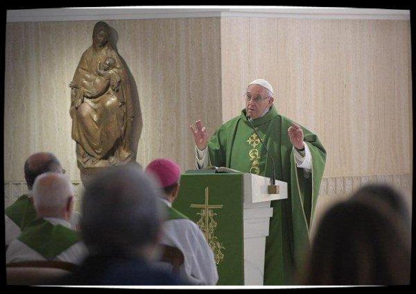 Pape François: l'hypocrite tue la communauté et nuit à l'Eglise