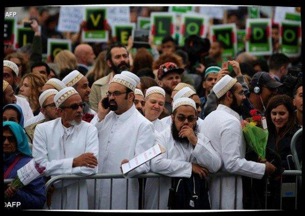 Londres: 139 imams refusent de prononcer la prière funèbre pour les terroristes