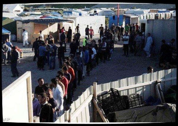 Calais : l'Église catholique en aide aux migrants