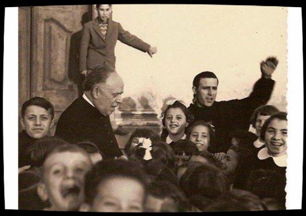 Résistance au fascisme, service des pauvres : deux prêtres italiens du XXe siècle honorés par le Pape