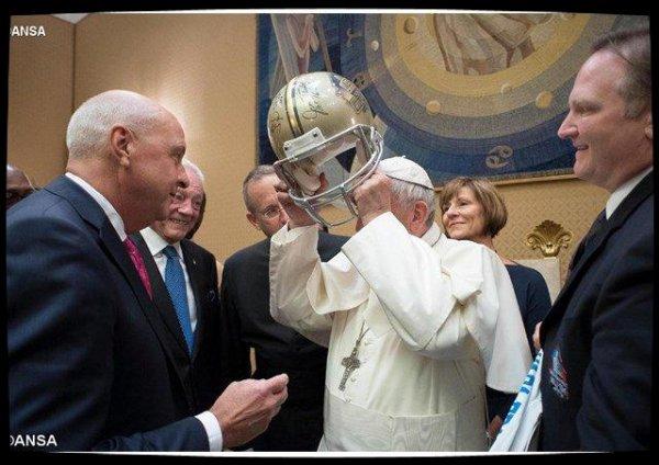 Le Pape appelle à diffuser les valeurs du sport en dehors des terrains
