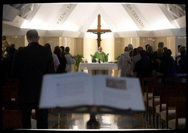 Pape François : le bon pasteur ne doit pas se complaire dans l'angélisme