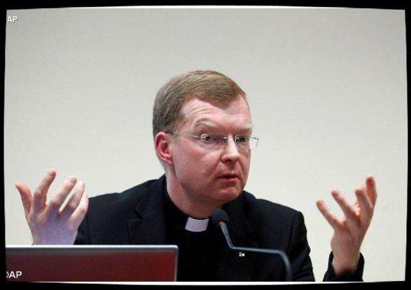 Abus sur mineurs: pour le père Zollner la protection doit être «une priorité pour l'Église»