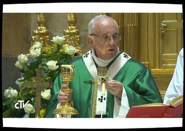 Pour ses 25 ans d'épiscopat, le Pape invite les cardinaux à se lever