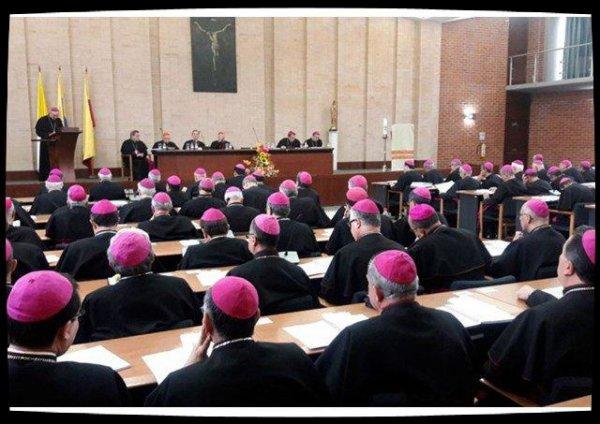 Mgr Urbina Ortega, nouveau président des évêques colombiens