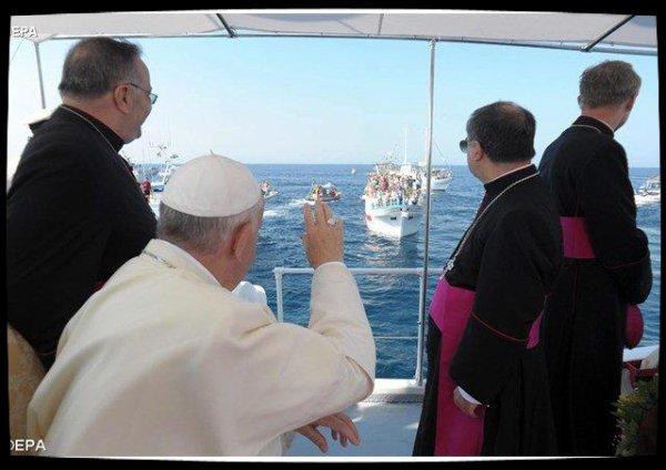Quatre ans après, le curé de Lampedusa revient sur la visite du Pape François