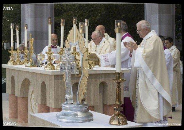 """Motu Proprio : """"L'offrande de la vie"""", un nouveau critère pour les béatifications et canonisations"""