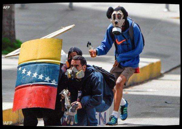 Venezuela: les évêques appelent armée et gouvernement à la responsabilité