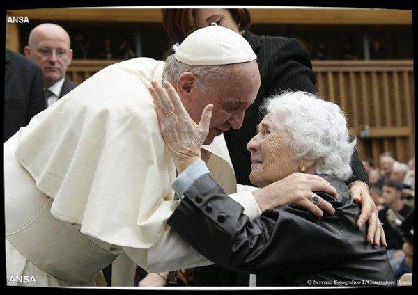 Le Pape rappelle l'importance du rôle des grands-parents