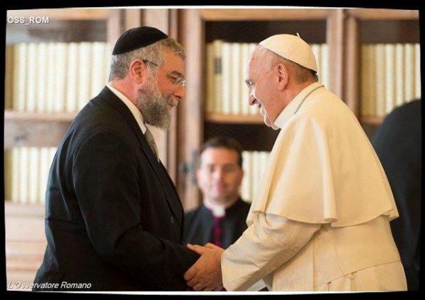 Le Pape salue le dialogue fécond de l'Eglise catholique avec le monde juif