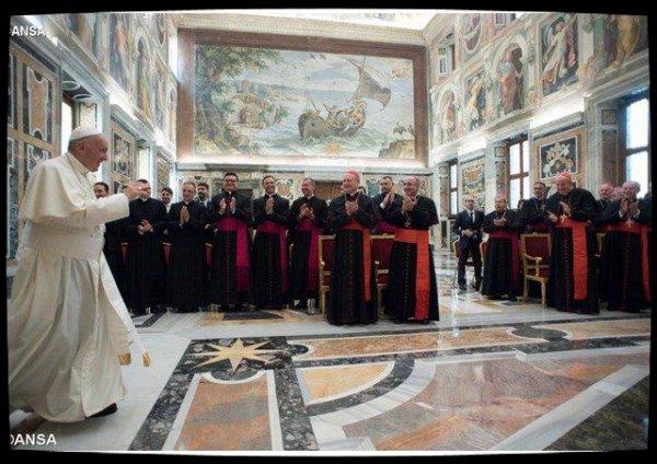Le Pape invite à incarner l'évangélisation dans des relations interpersonnelles