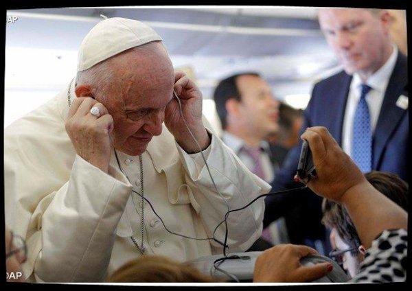 """Le Pape François appelle à contrer les """"fake news"""" avec un journalisme imprégné de l'Évangile"""