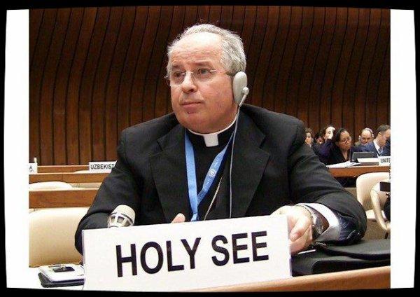 Mgr Jurkovic appelle à soutenir les pays d'accueil des réfugiés