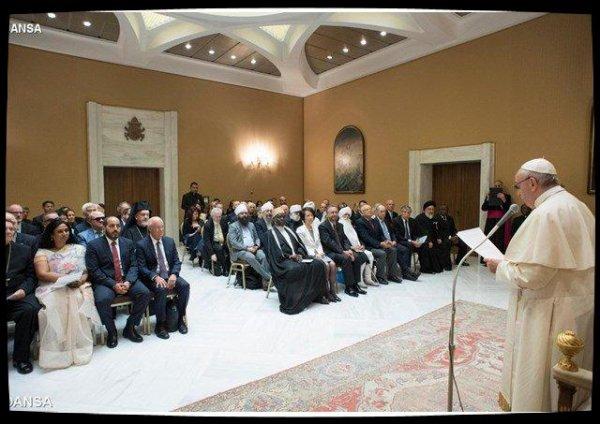 Pape François: la violence au nom de la religion offense Dieu