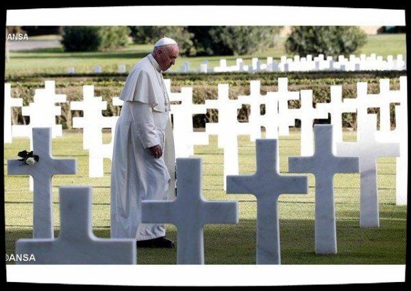 Commémoration des fidèles défunts: «La guerre est la destruction de nous-même»