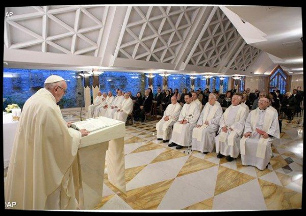 Homélie du Pape à Sainte-Marthe: «Chacun de nous est un élu de Dieu»
