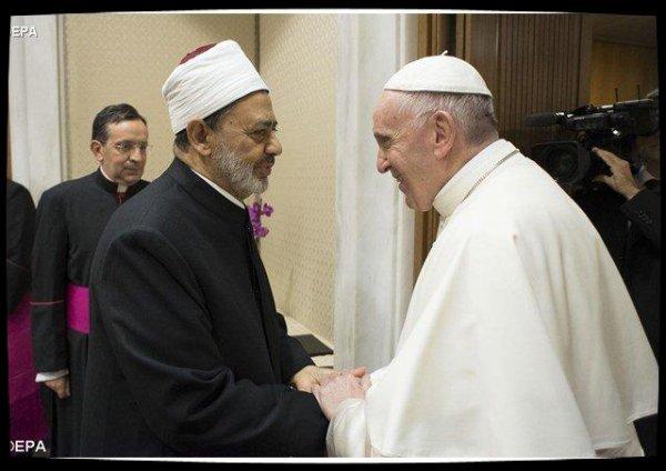 Troisième rencontre entre le Pape François et le grand imam de l'université d'Al-Azhar