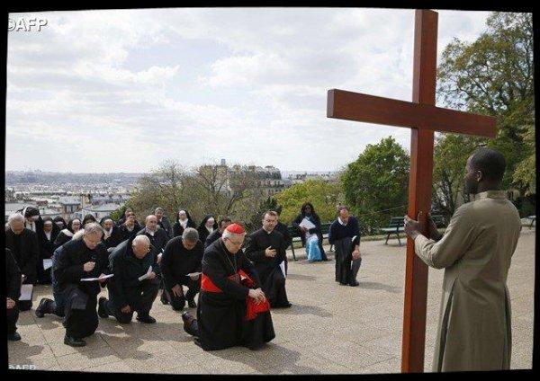 Le cardinal André Vingt-Trois adresse un message d'au-revoir aux catholiques de Paris