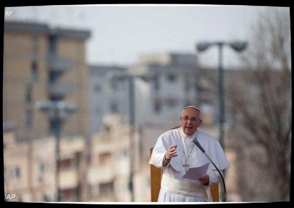 Le combat du Pape François contre la corruption