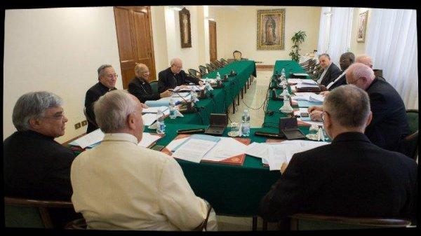 Le C9 a préparé un nouveau projet de Constitution apostolique