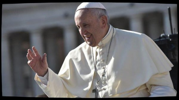 Le Pape invite les familles à penser davantage aux plus pauvres