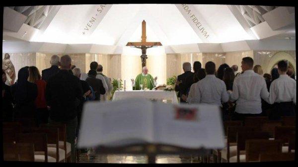 Homélie à Sainte-Marthe: le pasteur doit être humble, à l'image de Jésus