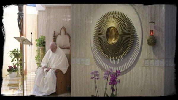 Messe à Sainte-Marthe : que les laïcs et les pasteurs n'aient pas peur de se salir les mains