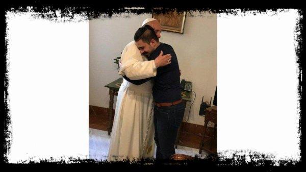 Synode: le Pape salue le jeune auditeur Irakien et lui transmet un message pour l'Irak