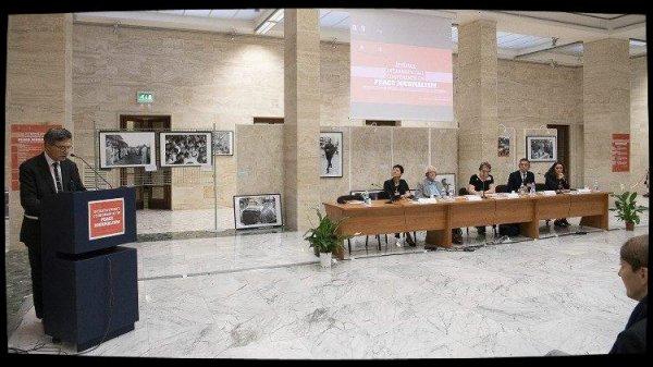 Le journalisme de paix, objet d'une conférence au Vatican