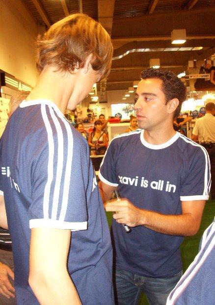 """Xavi avec les gagnants du concours """" Connait Xavi """" 23 septembre 2011"""