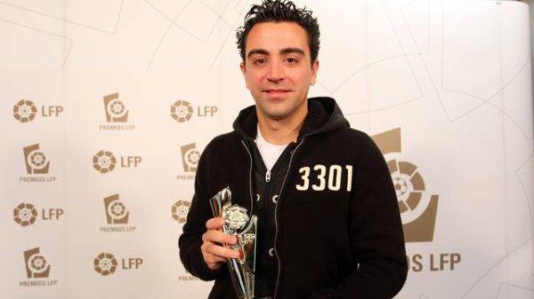 Xavi remporte le prix LFP